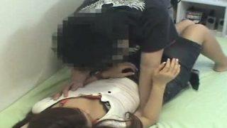 部屋盗撮・19才女子大生を連れ込んで撮影した素のエロカワSEX