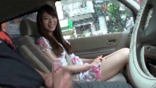 車の中でセンズリ見てもらったら意外な展開になりました!美人な素人さんが駐車場でセンズリ鑑賞