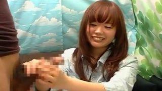 〖CFNM手コキ〗第3回赤面手コキ研究所あいか21歳の女子大生が恥ずかしいけど手コキでザーメン発射!