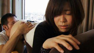 〖舞ワイフ 人妻ハメ撮り〗石川明歩 (25歳)夫が浮気をして…さびしさで不倫SEXしてしまった人妻!