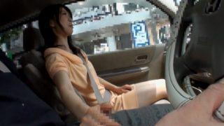 車の中でセンズリ見るだけ、のはずがフェラチオでお口の中に射精させてくれた素人さん