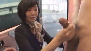 MM便 _でかカップお胸の36歳ベテランチーフCAが品のありあまる手コキでザーメン絞り出してくれる!