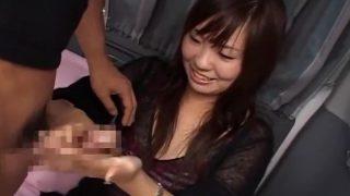 CFNMうぶ手コキ!きれいにネイルした素人お嬢さんローションぬるぬる手コキでザーメン受けてくれました♡