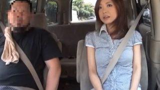 センズリ鑑賞界のエロ熟女 松田さん3連発!車の中でセンズリ見せたら、フェラしちゃう30代のミニスカおばさん!!