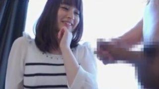 美人すぎる人妻さんがセンズリ鑑賞♡フェラとおっぱいでサポートして手コキで大量射精させる!!