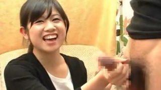 赤面手コキシリーズ♡かわいらしい純情そうなガチ素人さんがセンズリしてる2本のチ○ポを手コキでザーメン発射させる!!