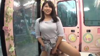 マジックミラー便!むちむちがエロかわいい巨乳の女子大生さな(22) 「えー恥ずかしい♡」パンツ脱いでまたがり騎乗位で自分から挿入れちゃった!