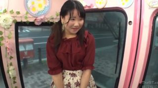 マジックミラー便!19歳の純情うぶっこ女子大生が素股に挑戦♥ピンク色パンツも脱いで騎乗位まんコキで抜いちゃった!!